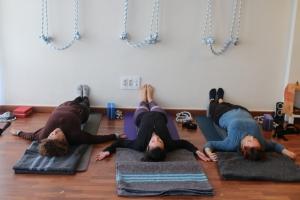 yoga para hombros y cuello